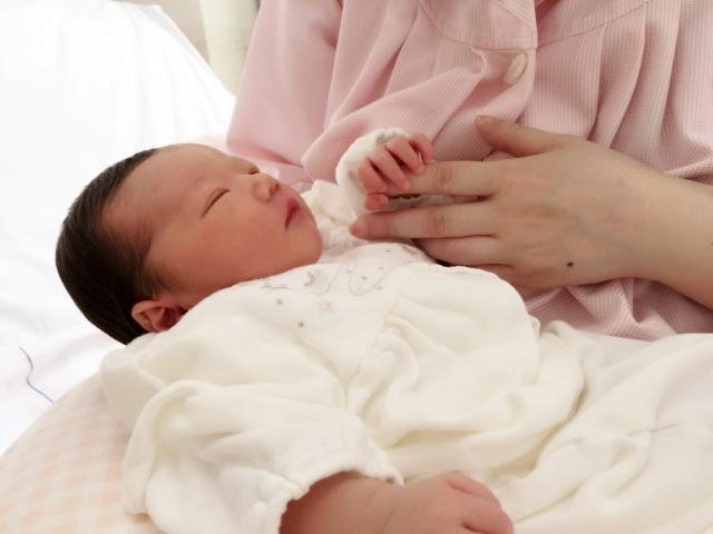 生後すぐの赤ちゃん